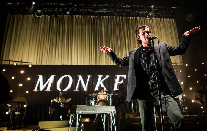 Arctic-Monkeys-new-live-album